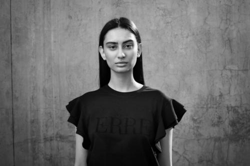 ERRE Fashion Black Radiya